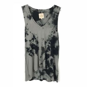 Chaser Gray Black Sleeveless Tie Dye High Low Top